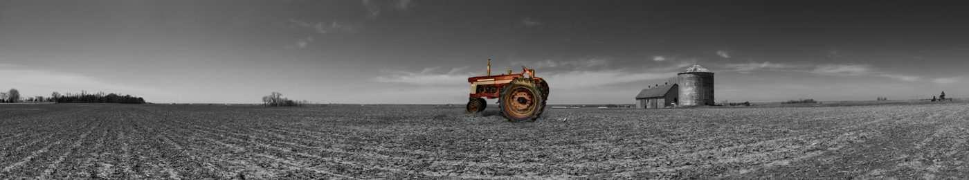 Tractor panorama